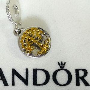 Pandora Family Heritage Dangle Charm